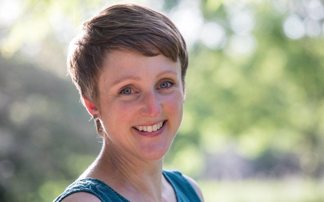 sarah salmon yoga, mindfulness & wellbeing teacher teacher